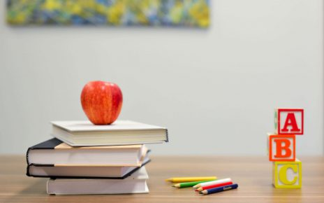 2 stocks that can disrupt the education system