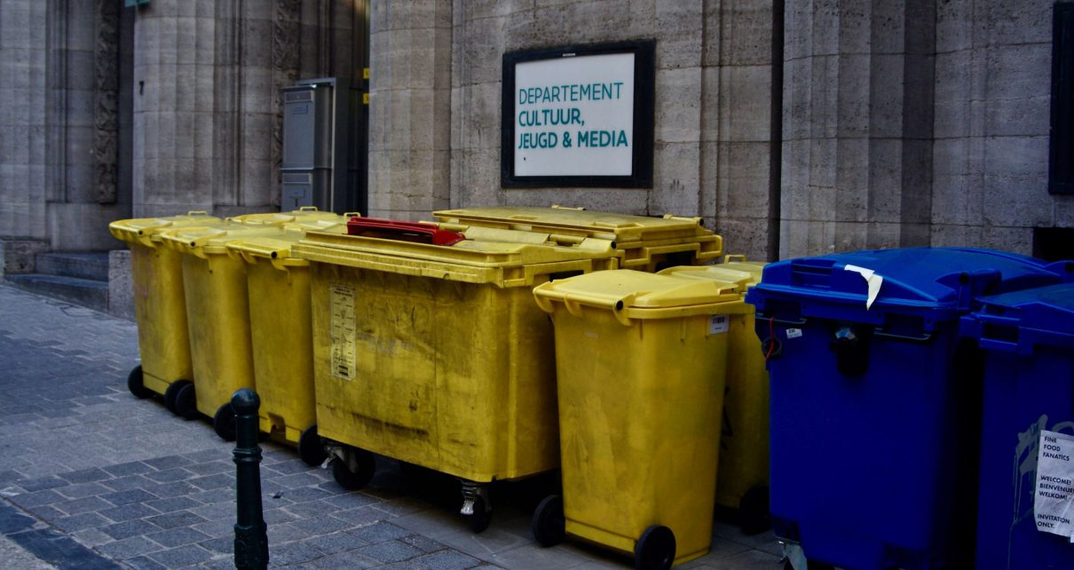 Trash cans: is their money to be made with Waste Management?