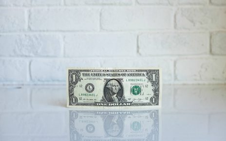 Who will benefit from a cashless future?