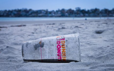 Will Dunkin' Brands Get a Caffeine Boost From Its Home Delivery Rollout?
